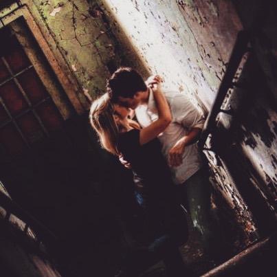 #naturallight #engagementphotos #couplephotography #weddingphotography