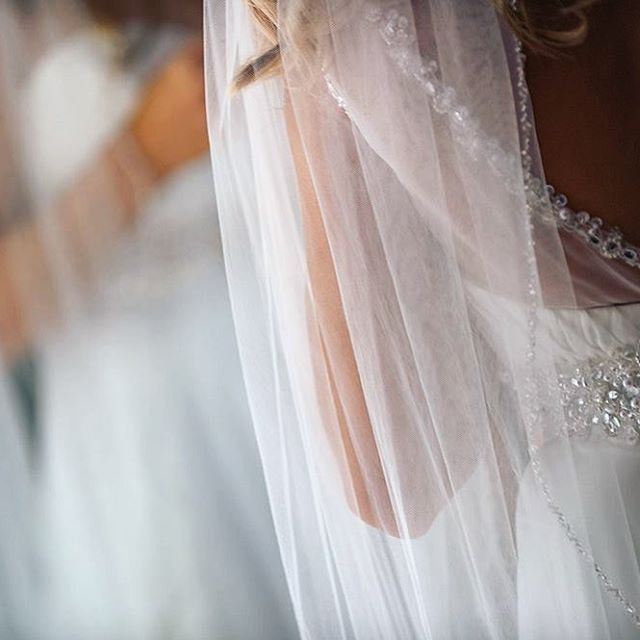#weddingmoments #weddingdress ##weddingdetails #kansasweddingphotographer #kansascityweddings