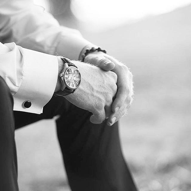 #groom #timeless #weddingdetails #bartelandwendlingphotography #weddingphotography #kansasphotographer #wichitaweddingphotographer #wichitawedding #kansascityweddingphotographer #arkansasweddingphotographer