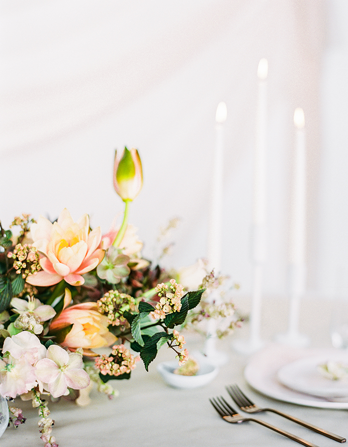SALLYPINERAPHOTOGRAPHY_WATERLILYWEDDINGINSPIRATIONSHOOT_-83.jpg