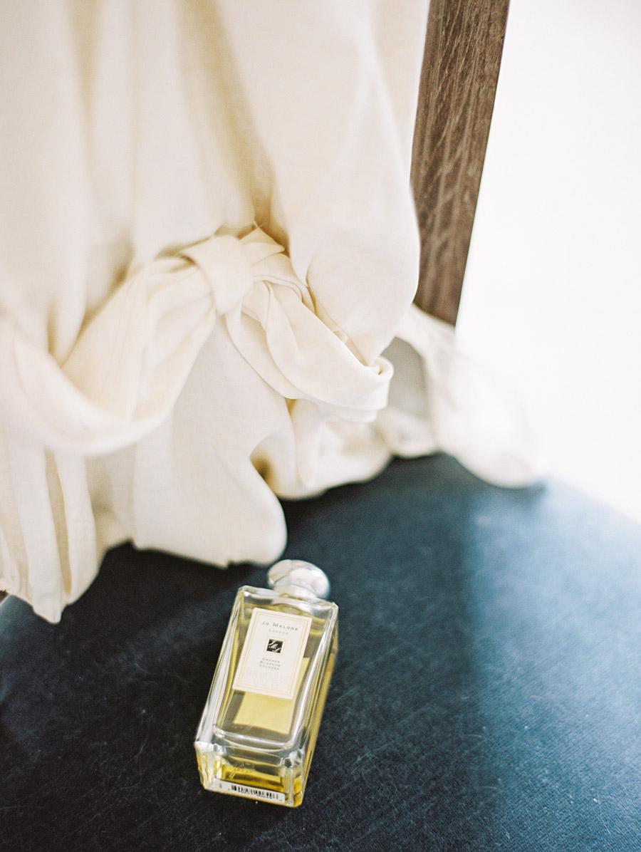 SALLYPINERA_NYC WEDDING EDITORIAL_BESPOKE-19.jpg