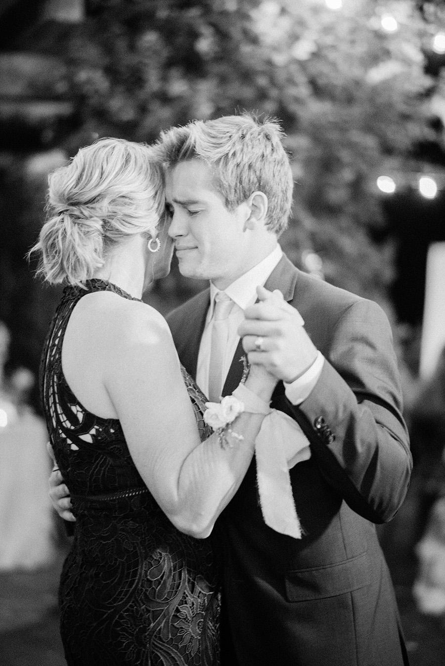 SALLY PINERA PHOTOGRAPHY_KATIE AND COLTON_MALIBU_SADDLEROCK WEDDING-105.jpg