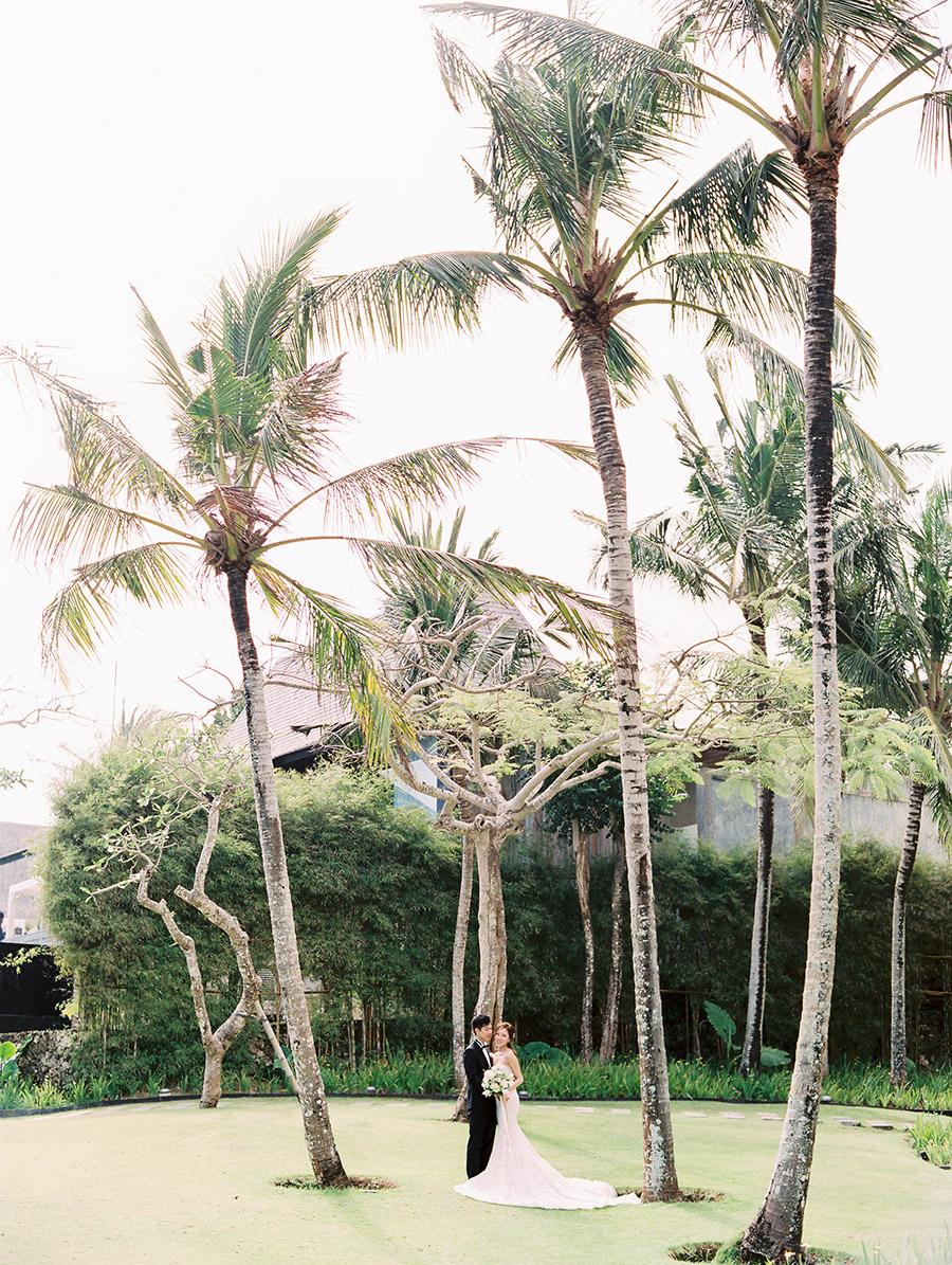 SALLY PINERA_ANITA AIDEN_BALI WEDDING_FILM-314.jpg