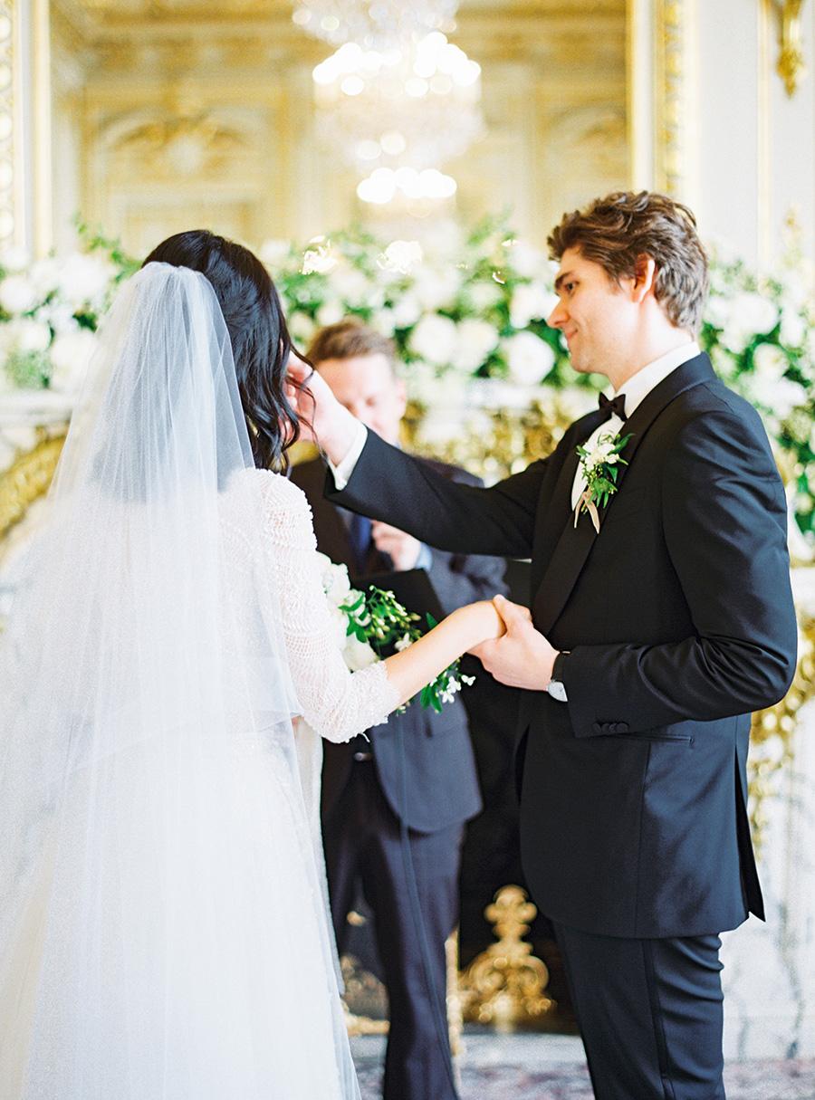 SALLY PINERA_PARIS WEDDING_SHANGRALI_JISUN AND PIETER-40 copy.jpg