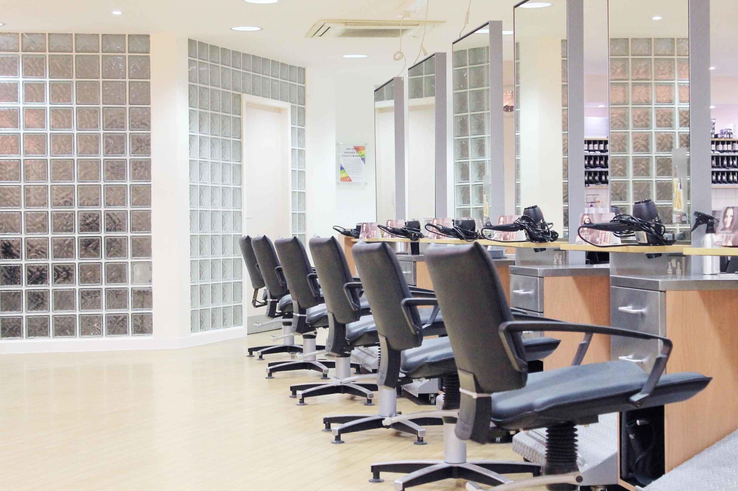 Salon-6b.jpg
