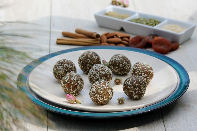 Seed & Nut Snack Balls