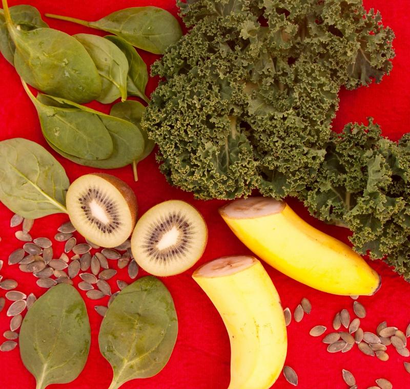 Kale, spinach, kiwi, bananas and sunflower seeds