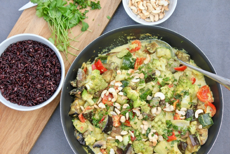 Vegetable & Cashew Thai Curry Served with Black Rice