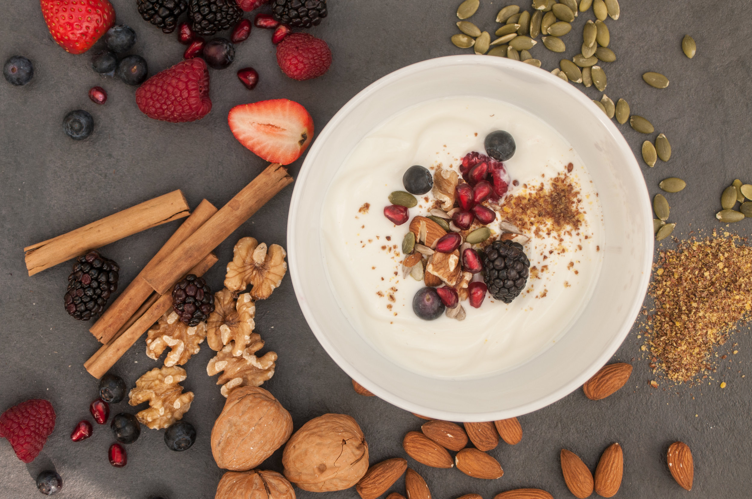 Probiotic yoghurt with polyphenol rich berries, linseeds, walnuts and cinnamon