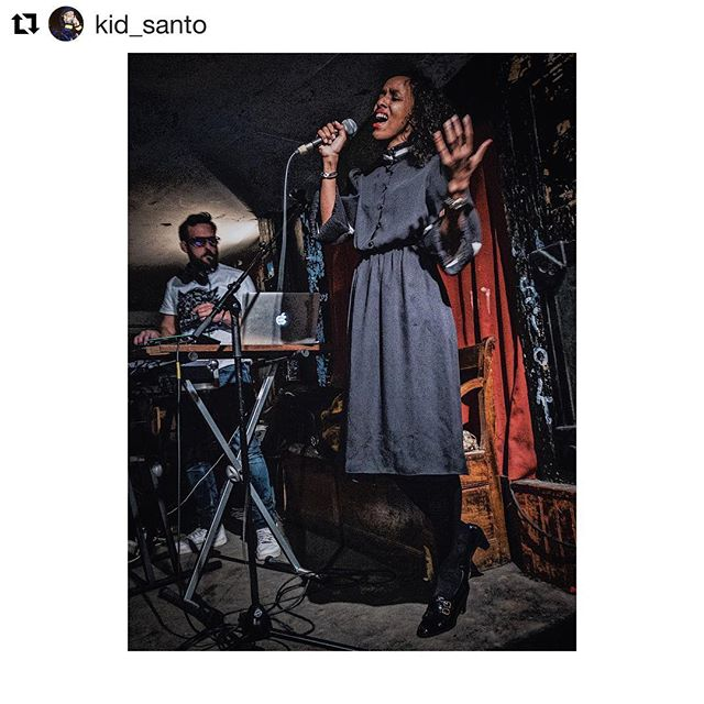 #Repost @kid_santo with @get_repost ・・・ Beautiful @ayanandstern  live  at le @gambettaclub #live #music #singer #band #paris #portedebagnolet #photography #digital #iphone #weekend #evening #life #people #city #ayanandstern