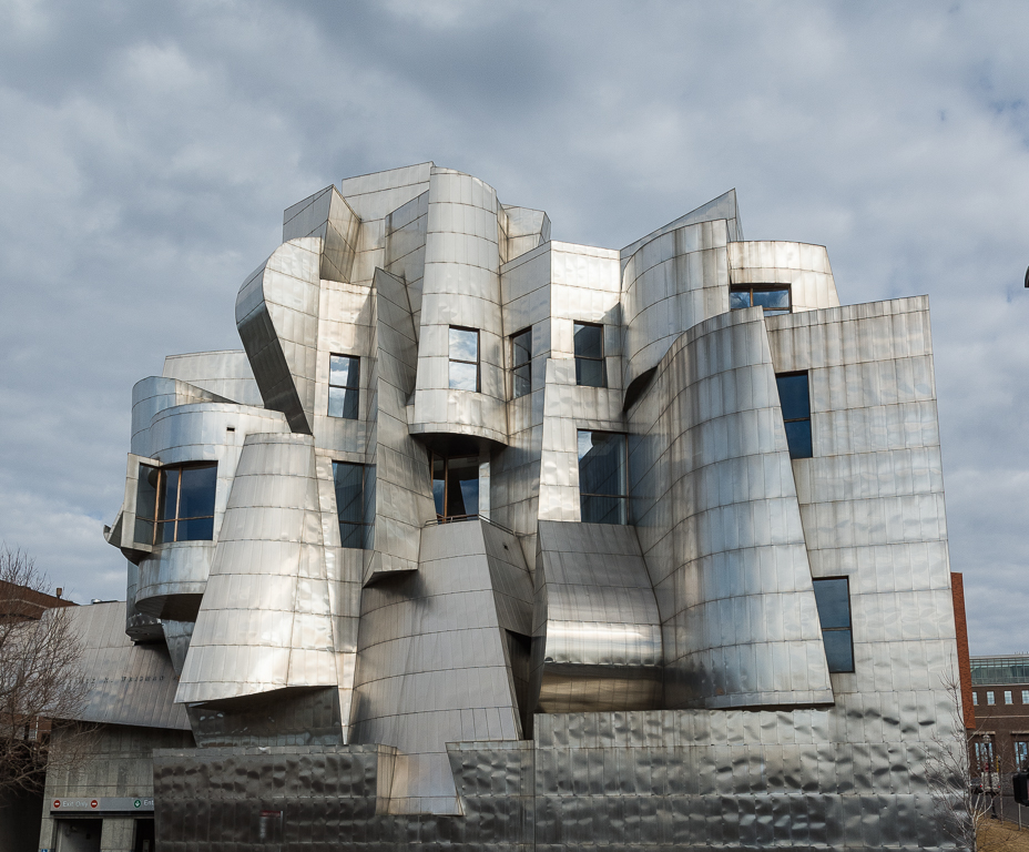 Gehry West View 187C.jpg
