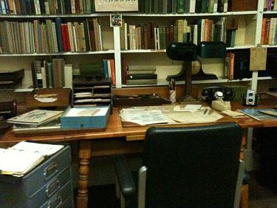 vintage desk old fashioned