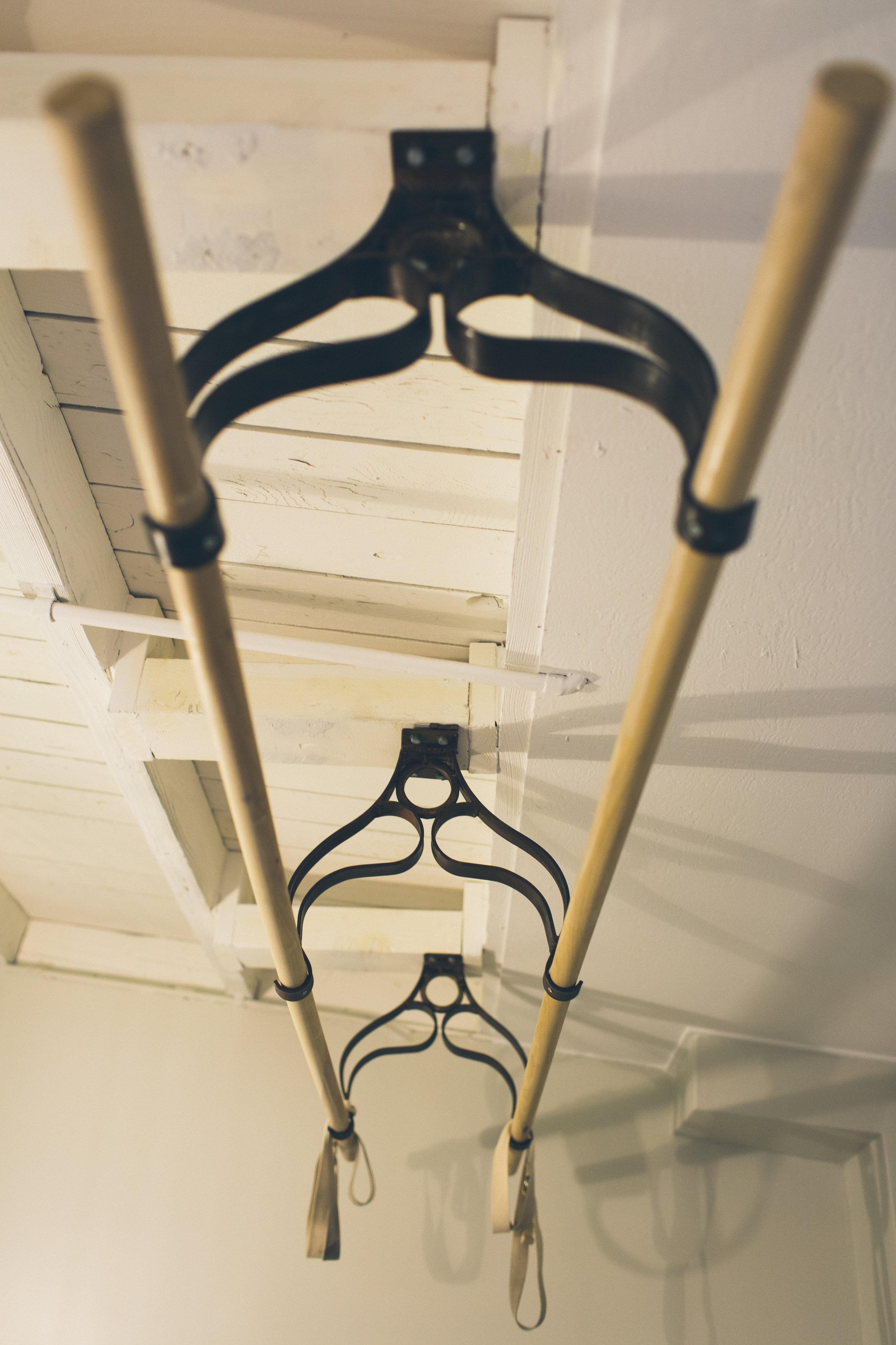 Barefoot-MMPhoto-massage room bars.jpg