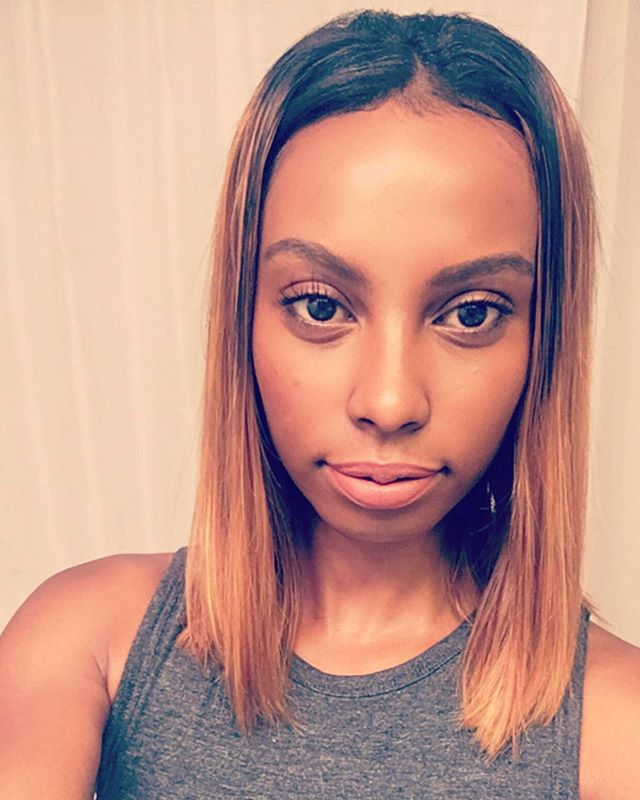 Check out this fit beauty @above_aesthetics She workouts and looks great with her customed colored DhfGlam blunt cut bob. #fitness #fithair #opulentlifestyles #dhfglam #bundles #slaysquad #slaymommy #SLAY #blonde #bluntbob #signaturecollection