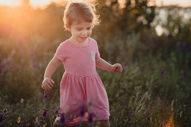 Our little girl is turning 2 next month...best 2 years of our lives. ⠀ .⠀ .⠀ #zayleyreign⠀ #familyphotography⠀ #sunset⠀ #joy⠀ #daughter⠀ #firstborn⠀ #parenthood⠀ #wanderlust⠀ #adventure⠀ #katiekeplar⠀ #wichita⠀