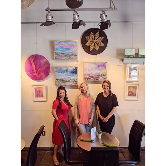 We have a new artshow, up @crumbzz_cakes stop by and shop for art while you enjoy a delicious gourmet meal! . . . . . .  #forneytx #forneyarts #forneyartscouncil #dfwartist #dallasartist