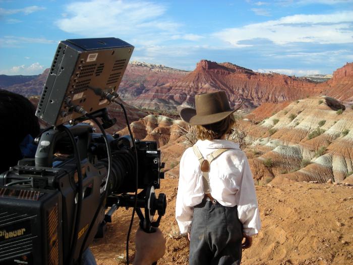 behind-the-scenes-02 17289.jpg