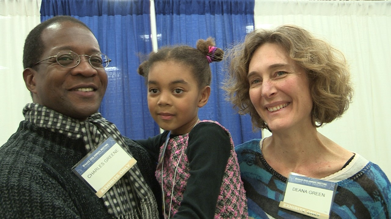 Family Science Days Brings Families, Science Together at 2016 AAAS Annual Meeting