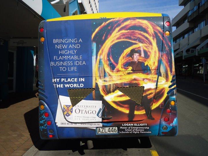 Bus Logan.jpg