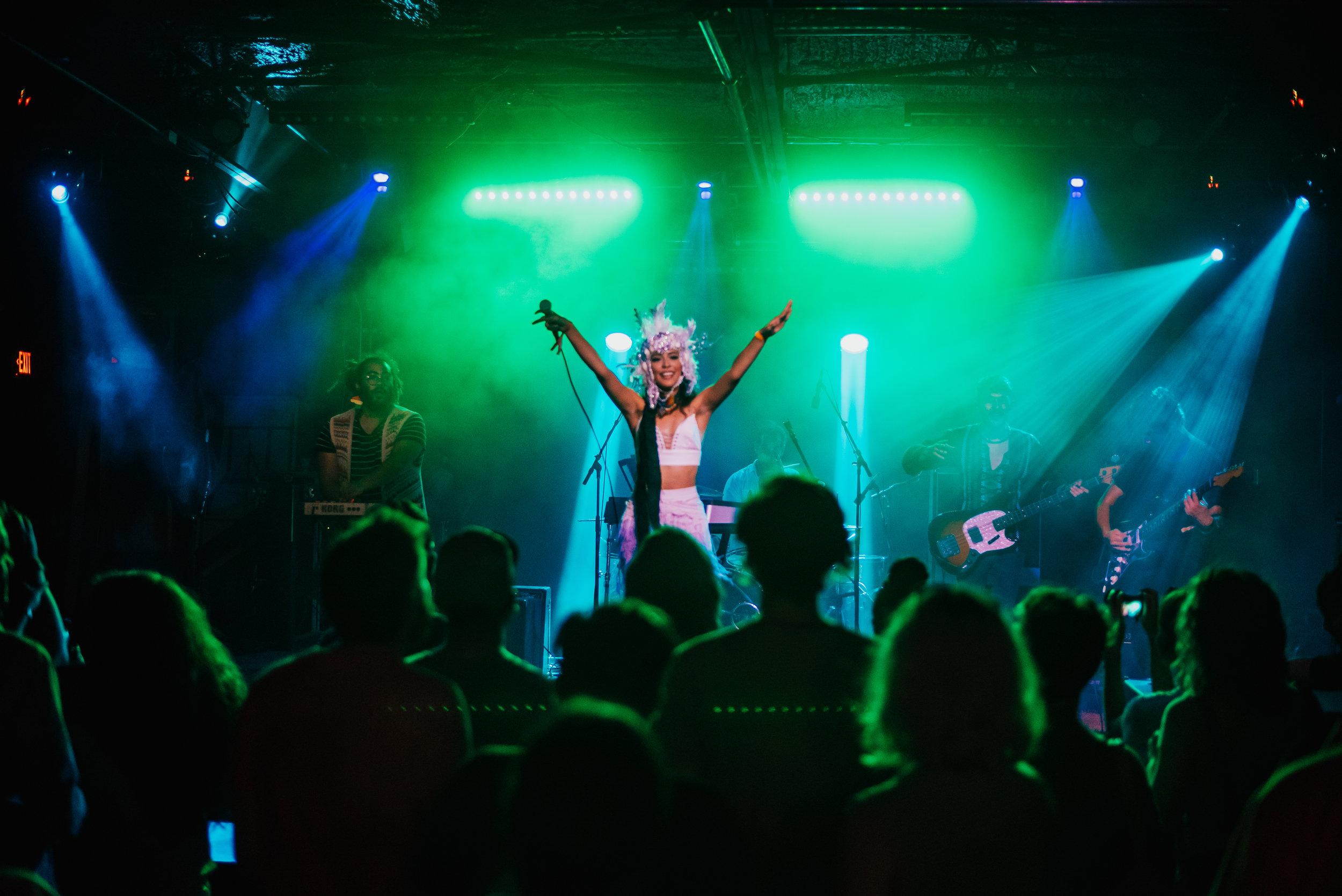 saramarjoriestrick-babesfest-FEMINAX07.jpg