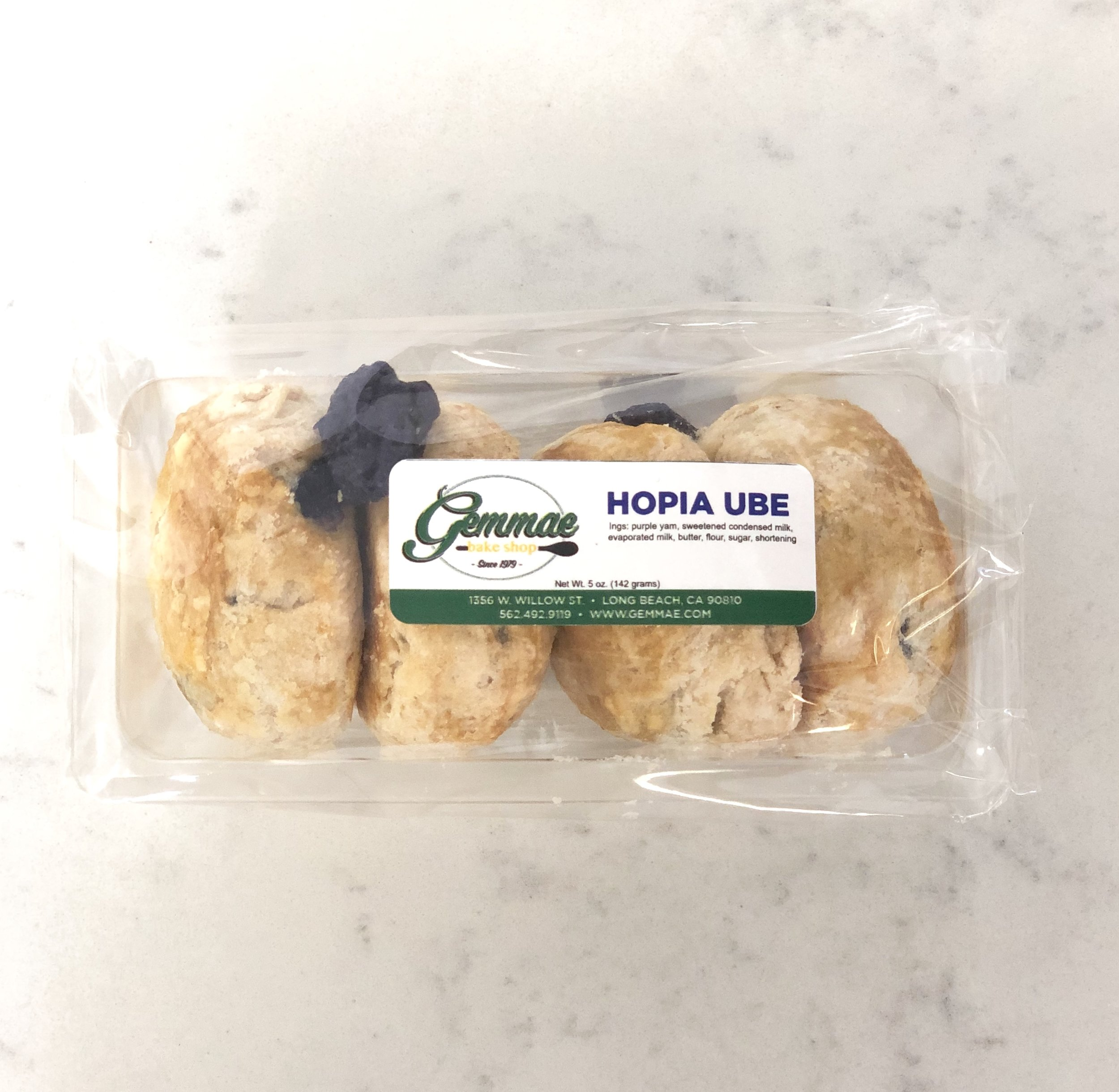 HOPIA UBE   Flaky puff pastry filled with rich Ube (sweetened purple yam). Each pack contains 4 hopia buns.