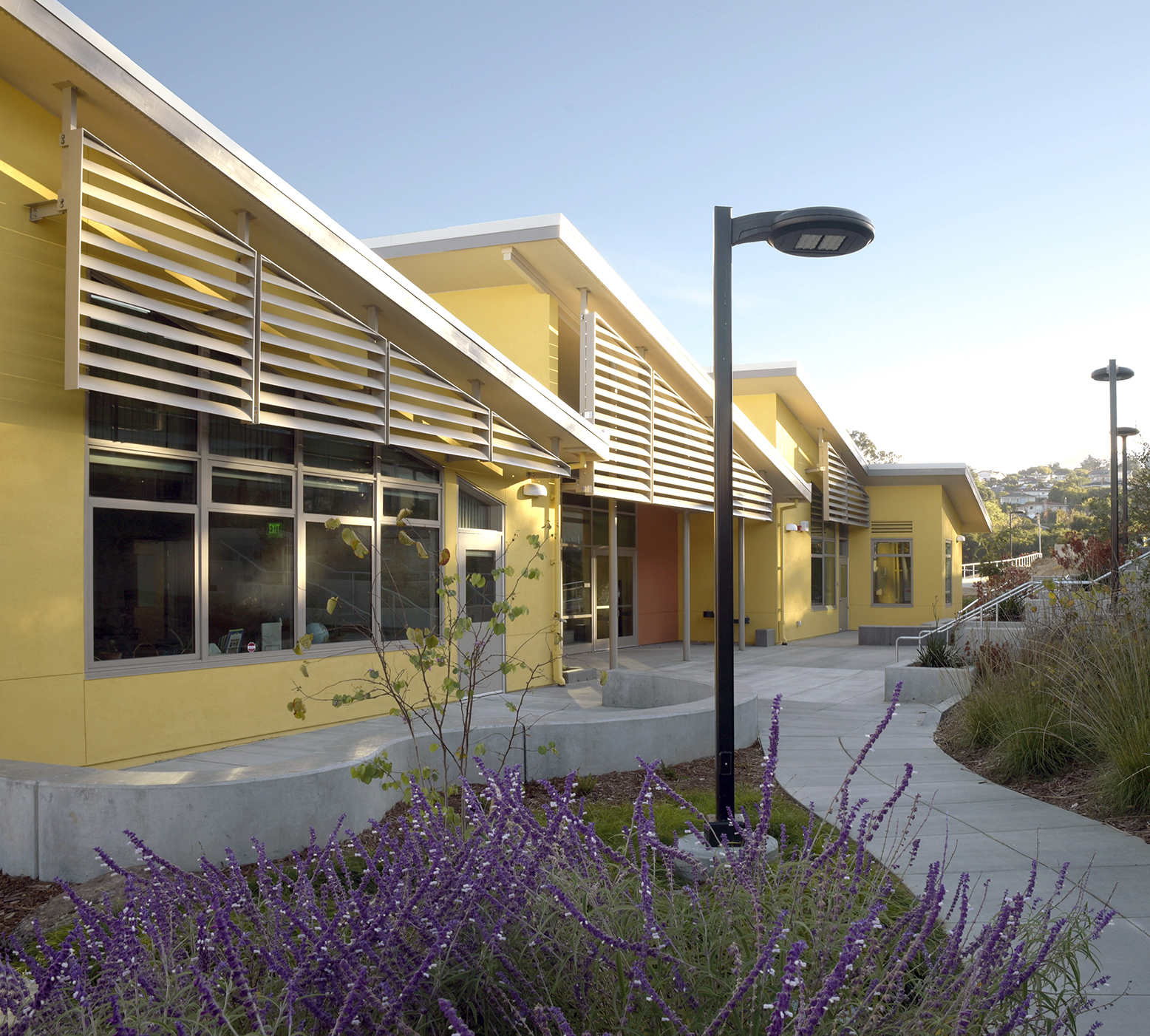 Outdoor learning areas at Burlingame Intermediate School Classroom Building.