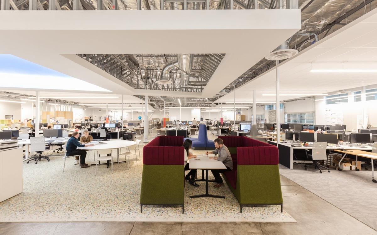 Office Tour: San Francisco Airport's Big Room Offices – San Francisco    officesnapshots.com