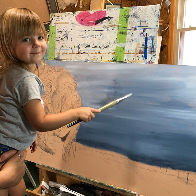 Painting with River. #riverlenora #teachthemyoung #lovetopaint #youngartist #loveshersaba #sabaandriver #elephantpainting #wildchild