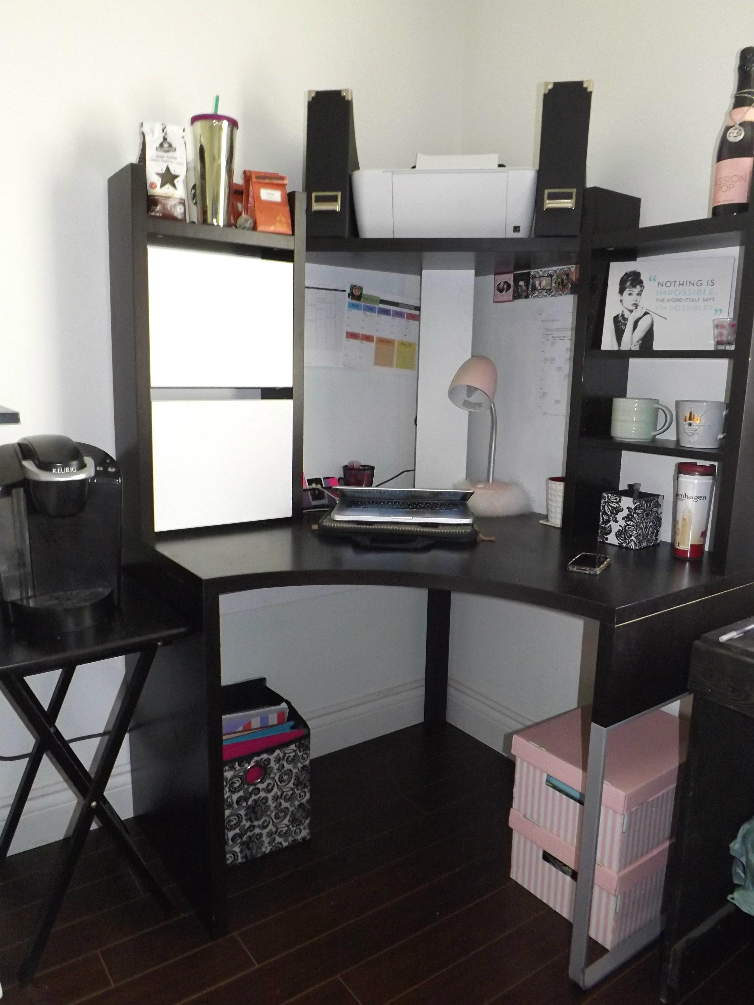 Corner Desk | Tall Girl Meets World
