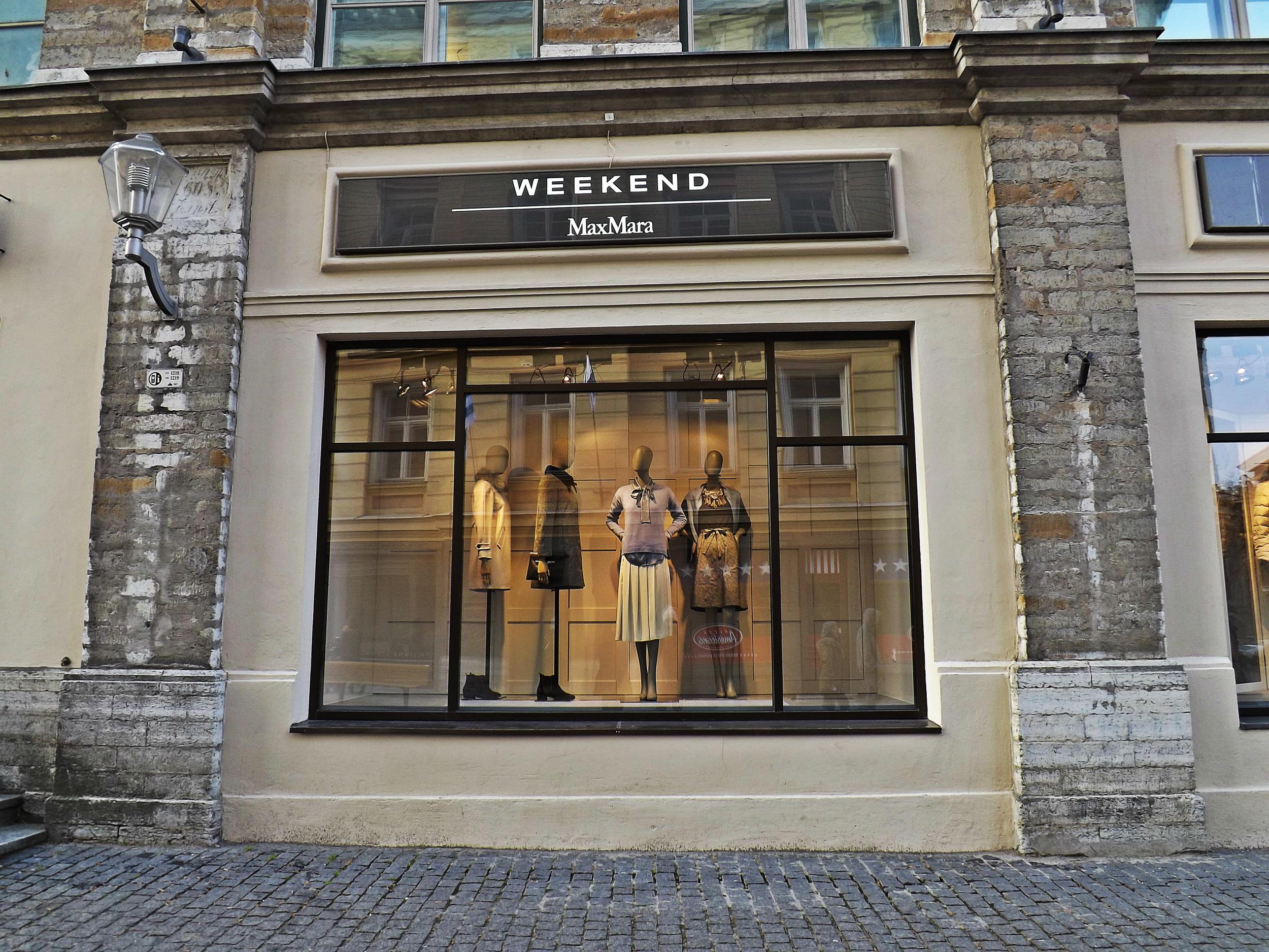Weekend MaxMara | Tall GIrl Meets World