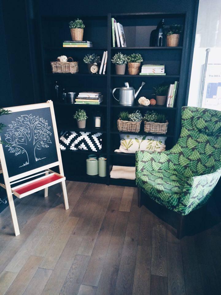 Corner Living Room Display | Tall Girl Meets World