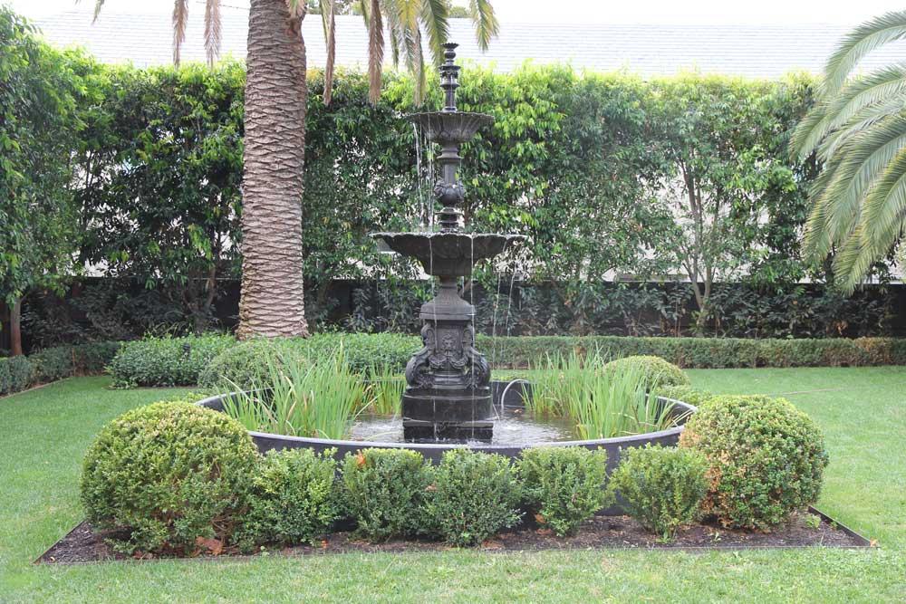 Garden Elements & Fountains — Julian Ronchi