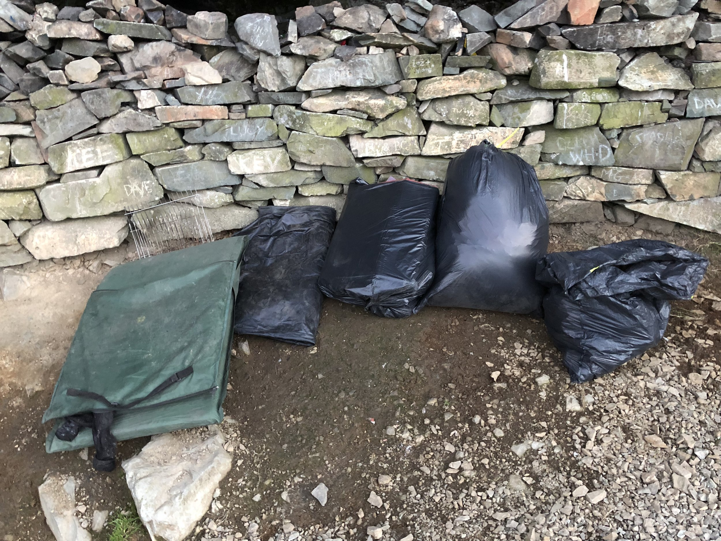 priest-hole-cave-litter-clean-litter-peaks-daniel-toal