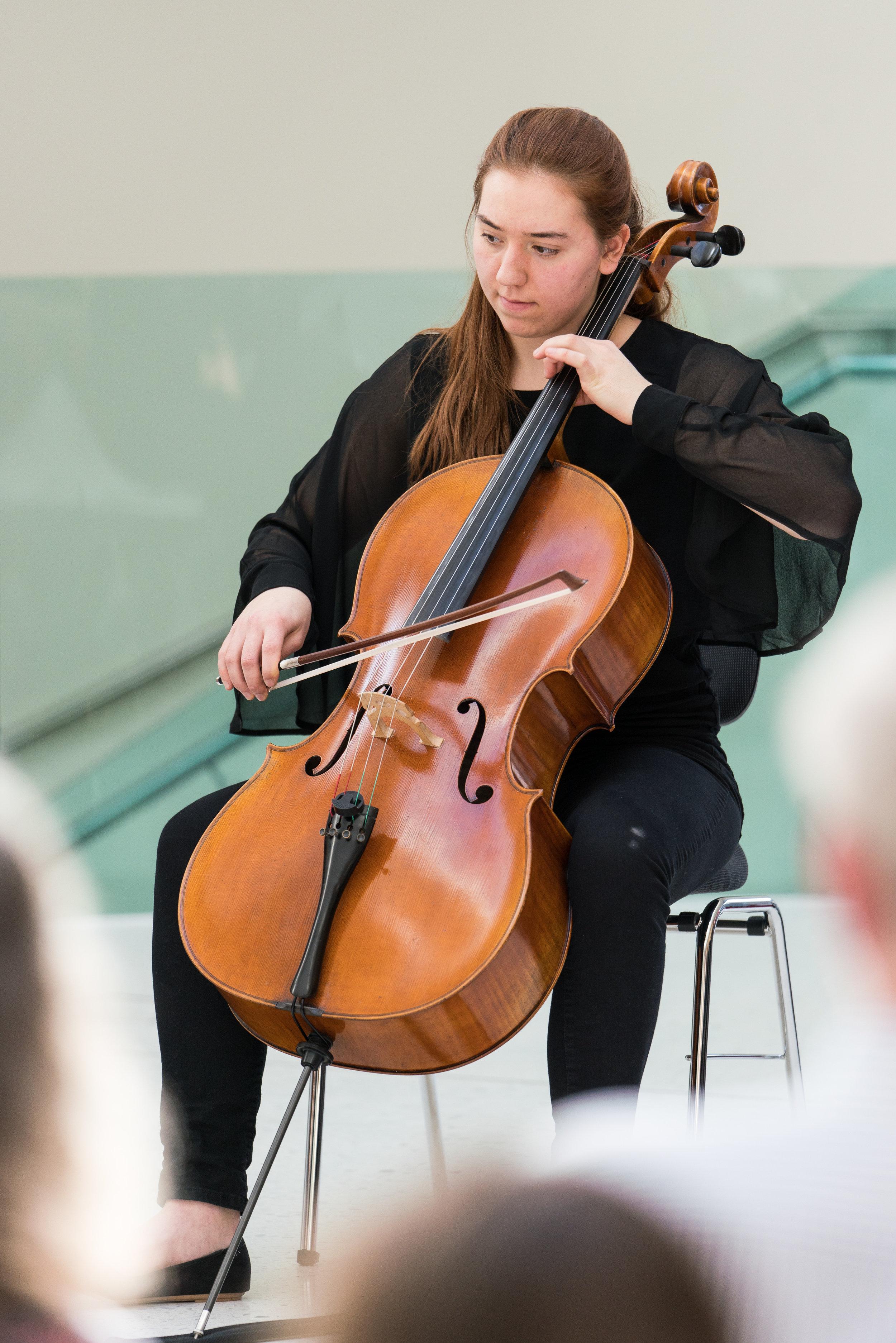 Konzert am Mittag - Cello20180206_034-036.jpg