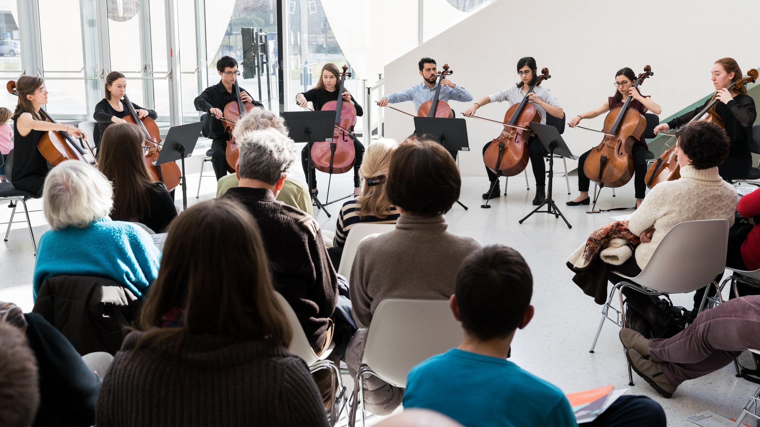 Konzert am Mittag - Cello20180206_028-036.jpg