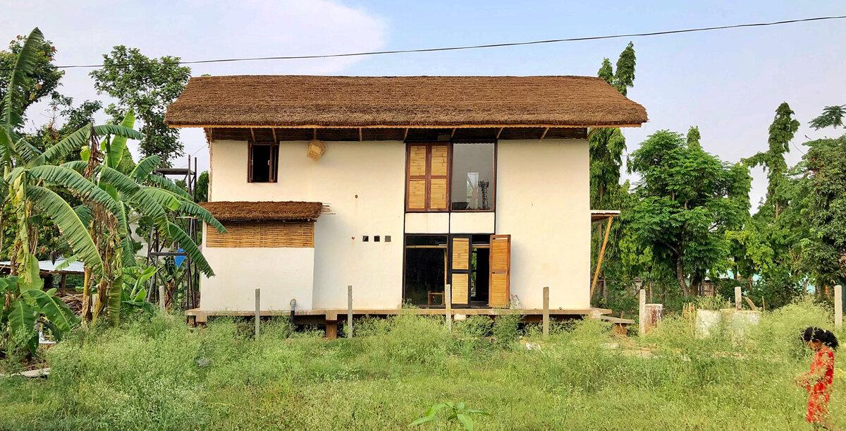 ABARI Studio -