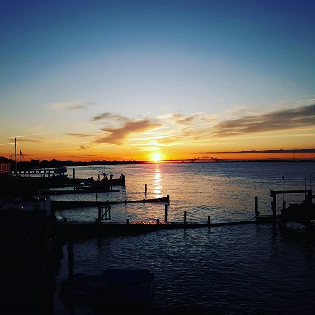 """The only Zen you find on the tops of mountains is the Zen you bring up there."" #robertmpirsig . . #goodmorning #beautifulday #hellooctober #paddlemonster #standuppaddling #longisland #fireislandinlet #oakbeachlife #carpediem #supluvli #eatpraysup #justkeeppaddling  @moonmagic66 let's go!! #thewateriscalling #mermaidlife #paddlewithfriends #sunrise #blessings #lokahsamastahsukhinobhavantu  #mayallbeingsbefreefromsuffering"