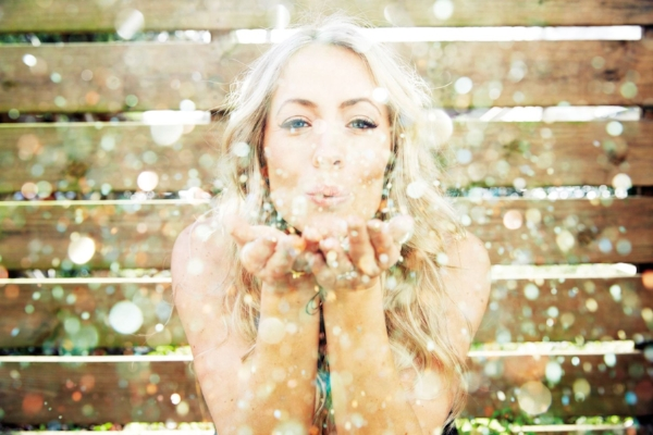 Glitter kisses! Bye for now, Beautiful! xoxoxo ~ Photo by Cheyenne Ellis