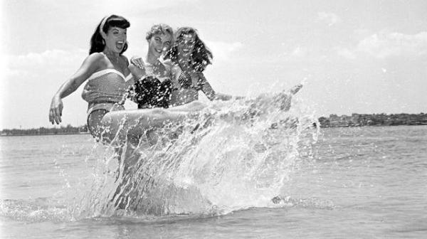 bettie and friends beach.jpg