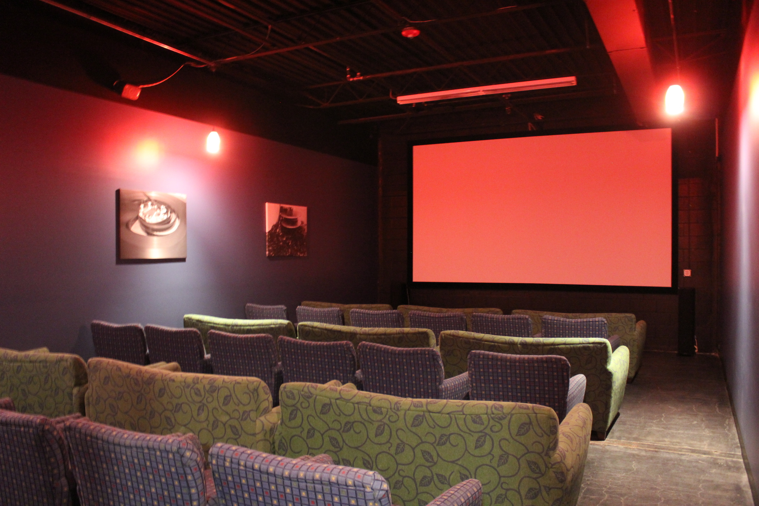 Picture of screen 3 with all couches and blue chairs