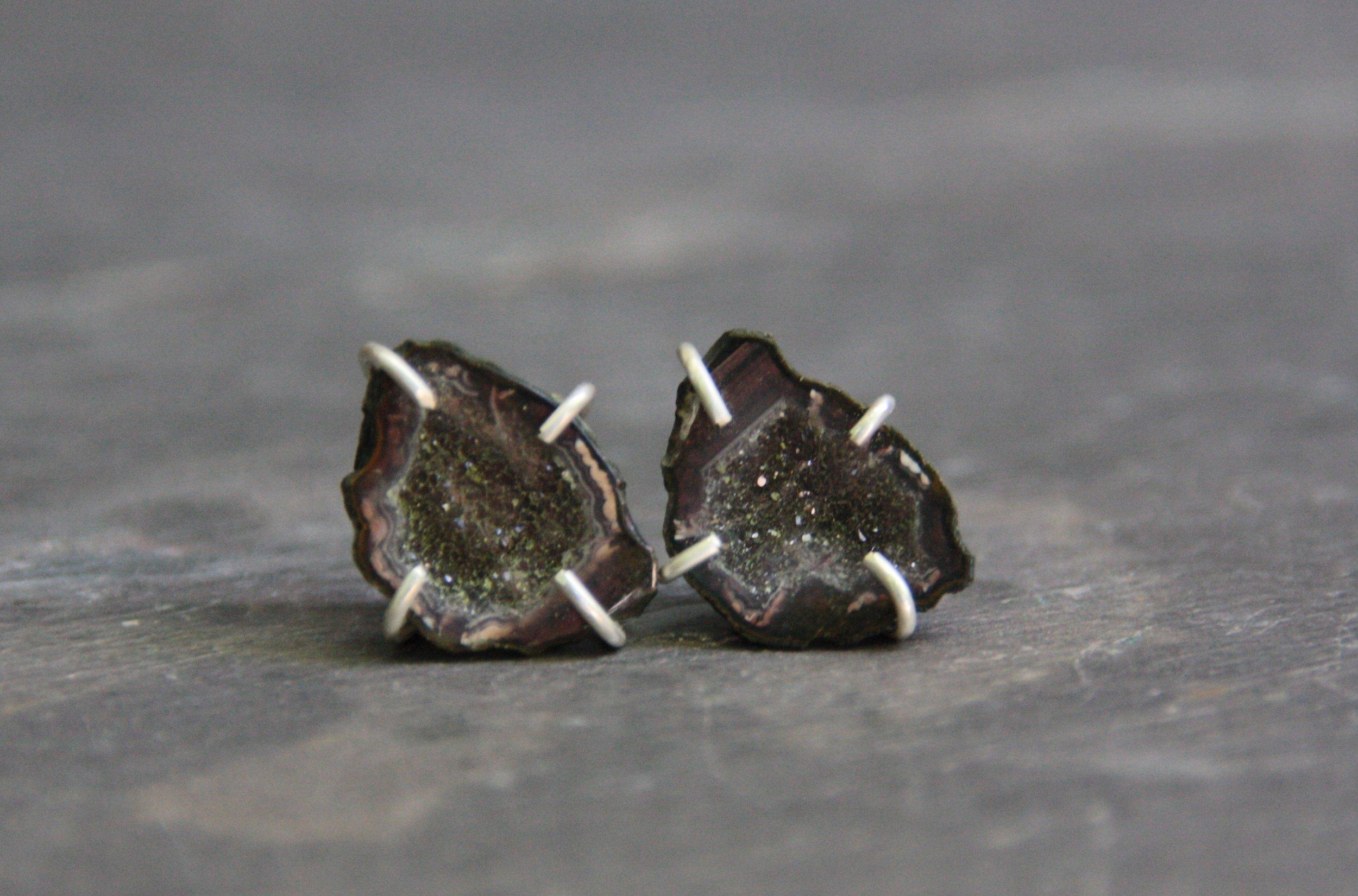silver_geode_earrings.jpg