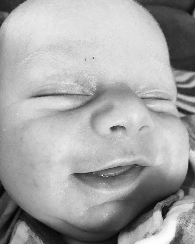 This tiny baby angel is six weeks old! He gave me his first wide awake, light-up-the-room smile on Wednesday.  It was the most beautiful smile I've ever seen - tied with Ben's face as we said our I Do's. ♥️