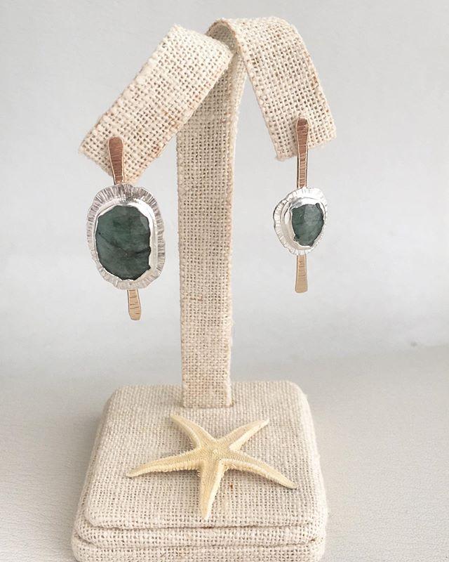 Emerald stick studs fresh off the bench and ready for beauty shots ✨ ________________________ Full collection of @torchfirestudio jewelry at www.torchfire-studio.com ________________________ #instasmithy #ladysmith #artisanjewelry #ecofriendly #sterlingsilver #lovegold #jeweler #handmade #handcrafted #torchfirestudio #metalsmith #makermade #makersmovement #handmadejewelry #riojeweler #ooak #ladyboss #wearethemakers #slowmade #prettylittlethings #ringbling #bohobride #lifeofanartist #crystallove