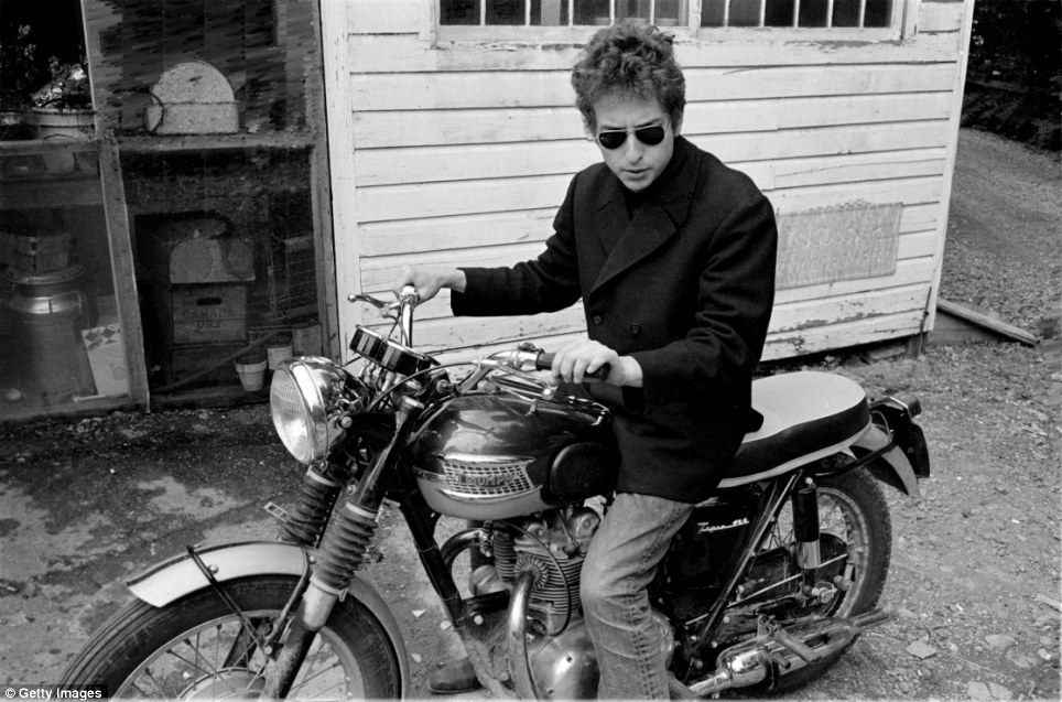 Bob Dylan (poet?)