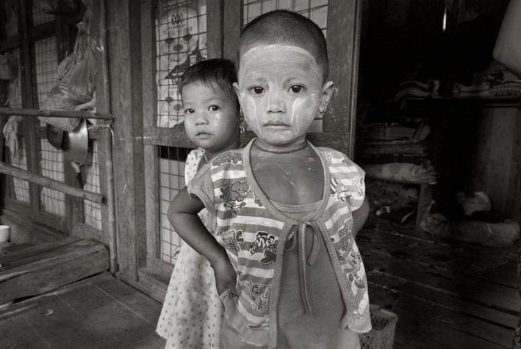 Borderlands of Burma - .