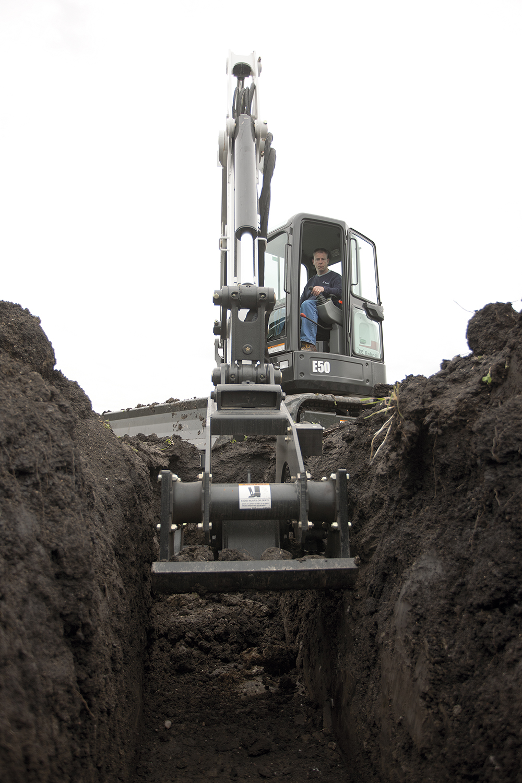 Track bobcats and excavators3.jpg