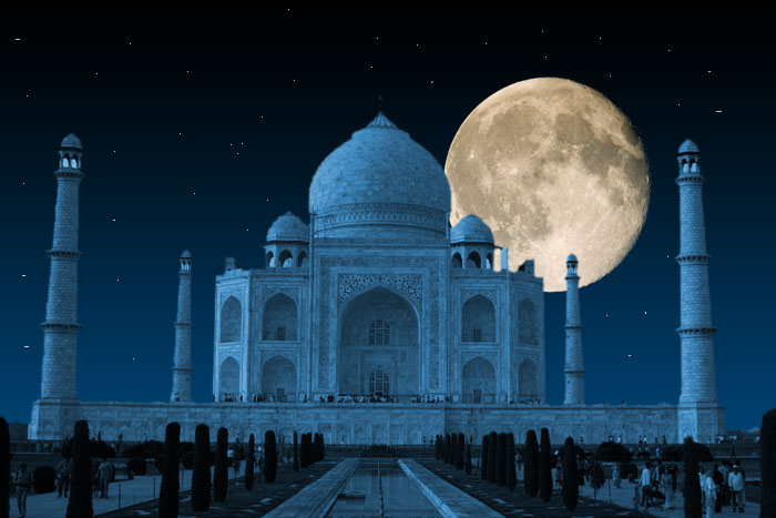 taj at night.jpg