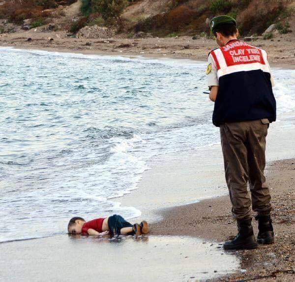 syrian-boy-drowns-off-coast-of-turkey.jpg
