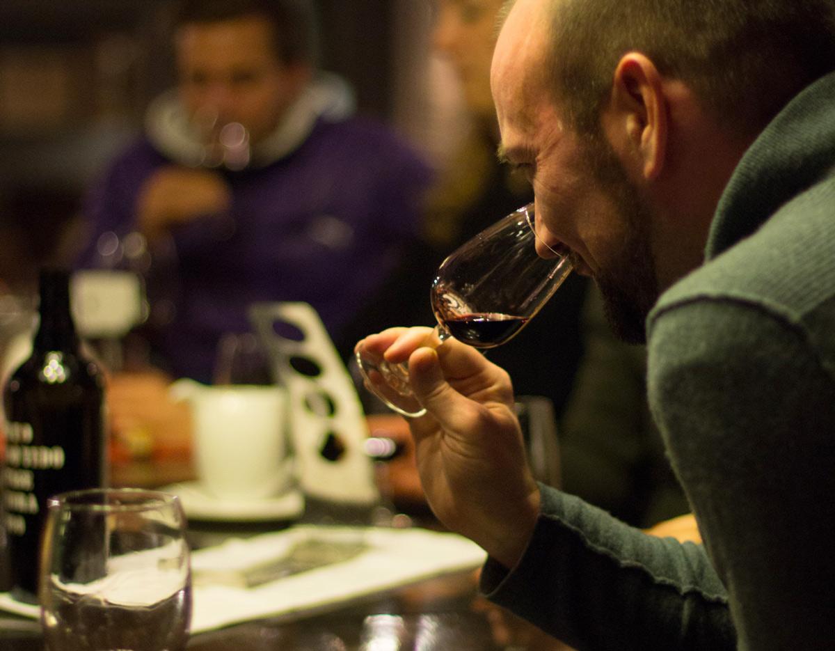 wine-tasting-glass.jpg
