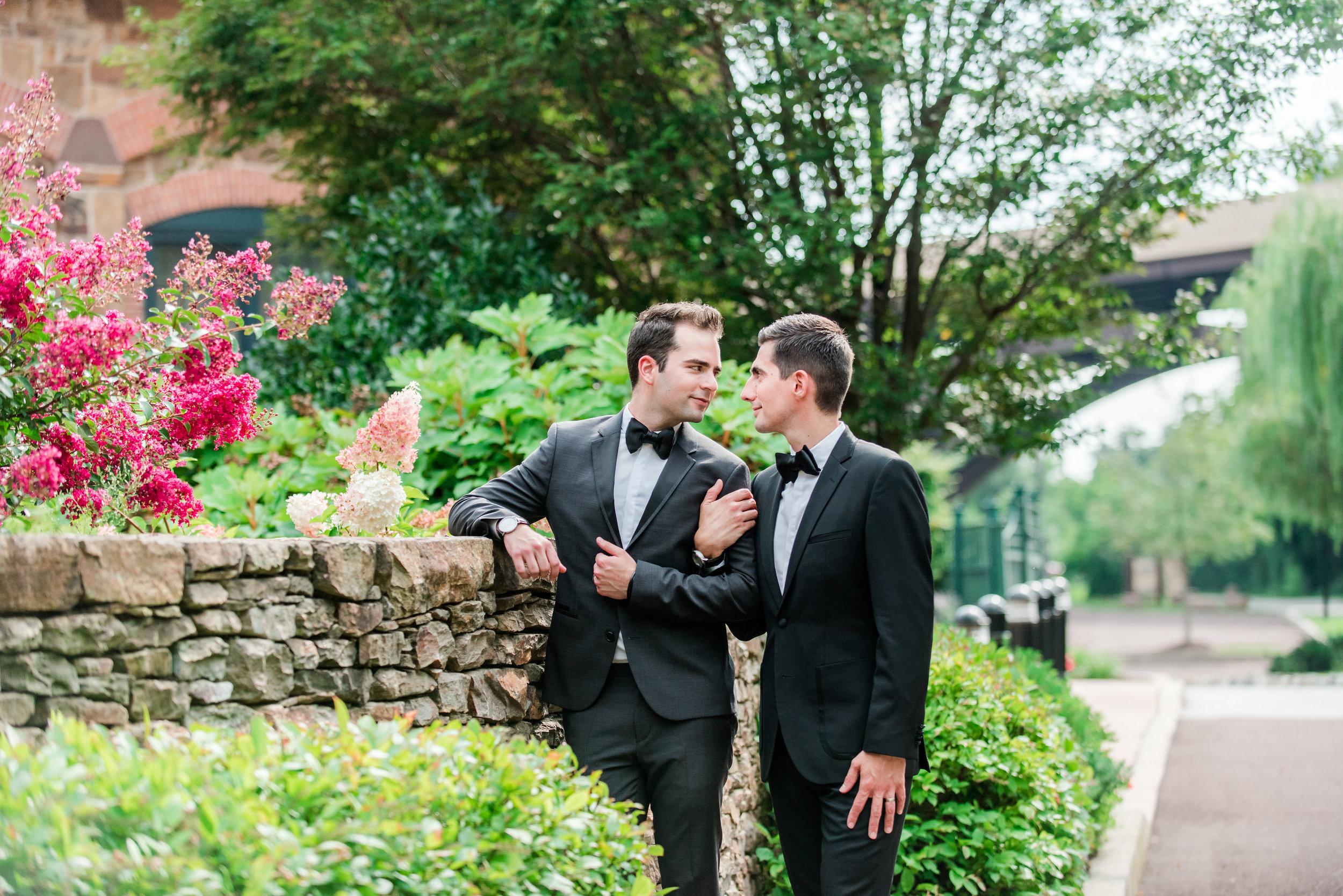 Wedding-Photographer-The-Foundry-Pheonixville-Pennsylvania-Andrea-Krout-Photography-300.jpg